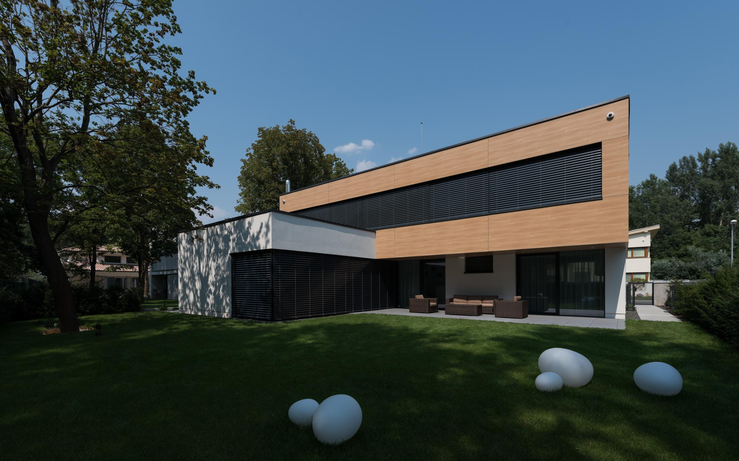Two Storey Family House Rusovce Slovakia Rules Architects