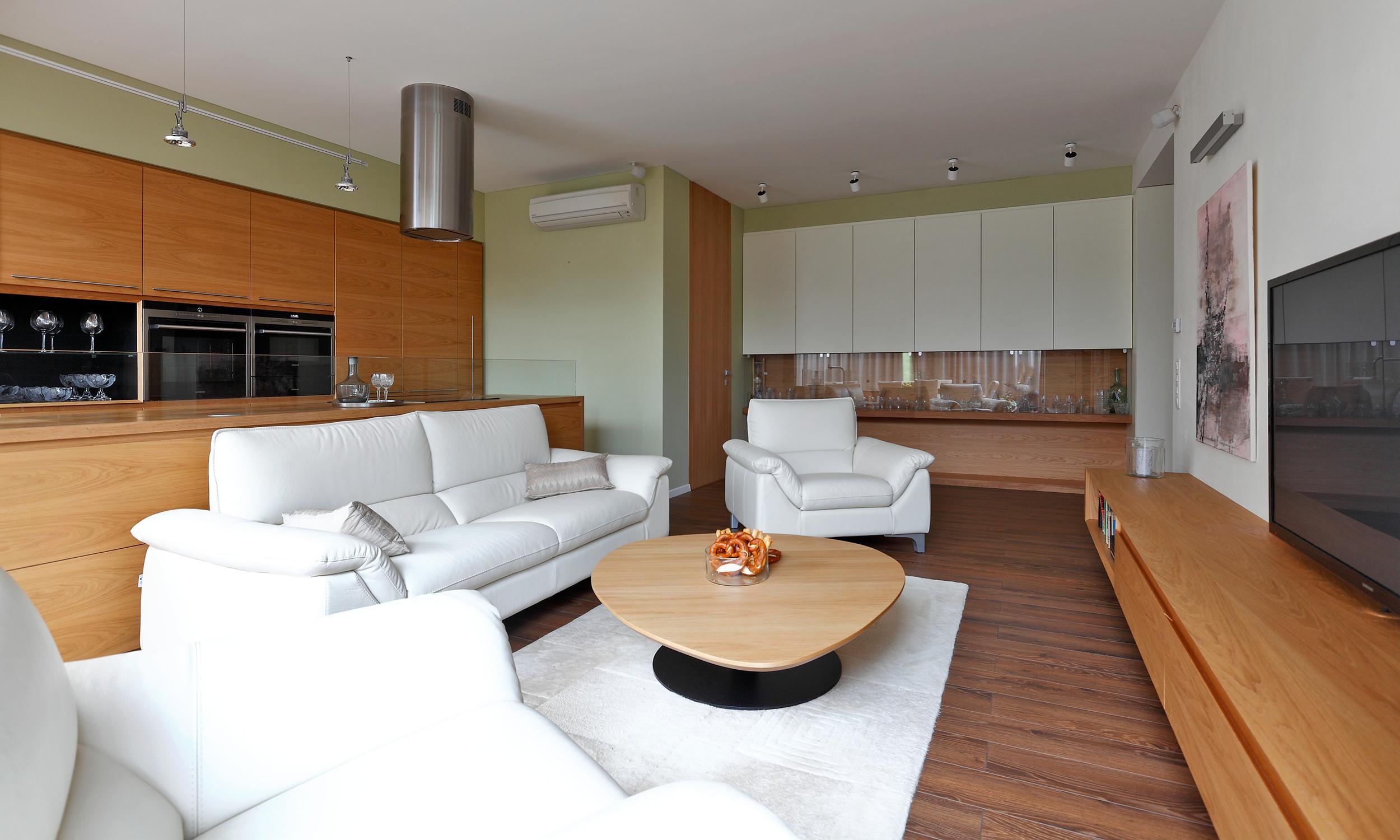 Three Bedroom Apartment With Winter Garden Bojnice